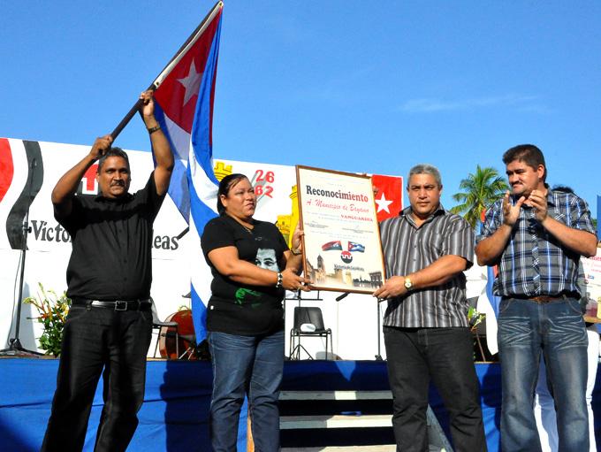 Celebra Bayamo aniversario 62 del Día de la Rebeldía Nacional