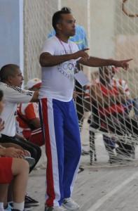 El mentor granmense durante el juego frente a Santiago de Cuba