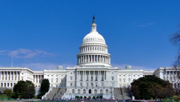 Comité del Senado estadounidense aprueba eliminar las restricciones de viajes a Cuba