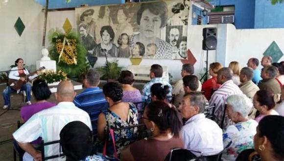 Rinden tributo a Hayde Santamaría a 35 de su desaparición física