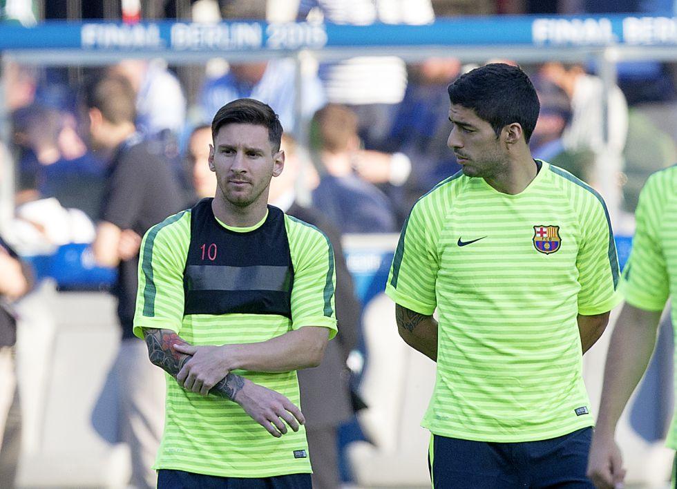 """Luis Suárez: """"A Messi siempre lo harán responsable de todo"""""""