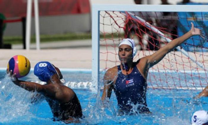 Importante triunfo para las cubanas hoy en polo acuático