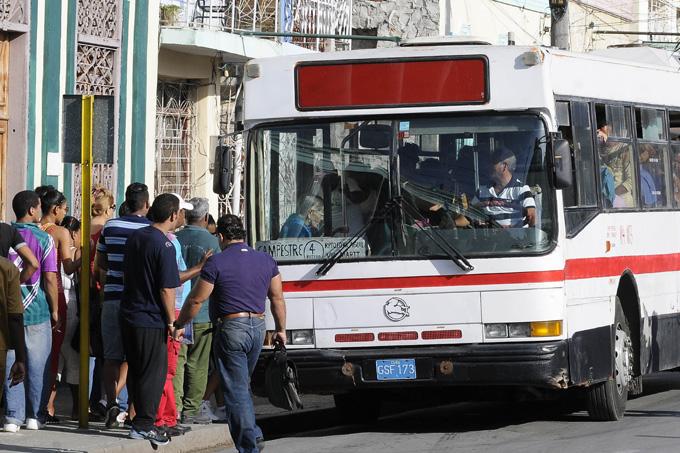 Adoptan medidas en Granma ante limitación de combustible en la transportación de pasajeros