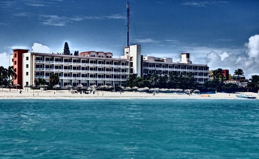En Varadero, preparativos para erigir nuevo Hotel Internacional