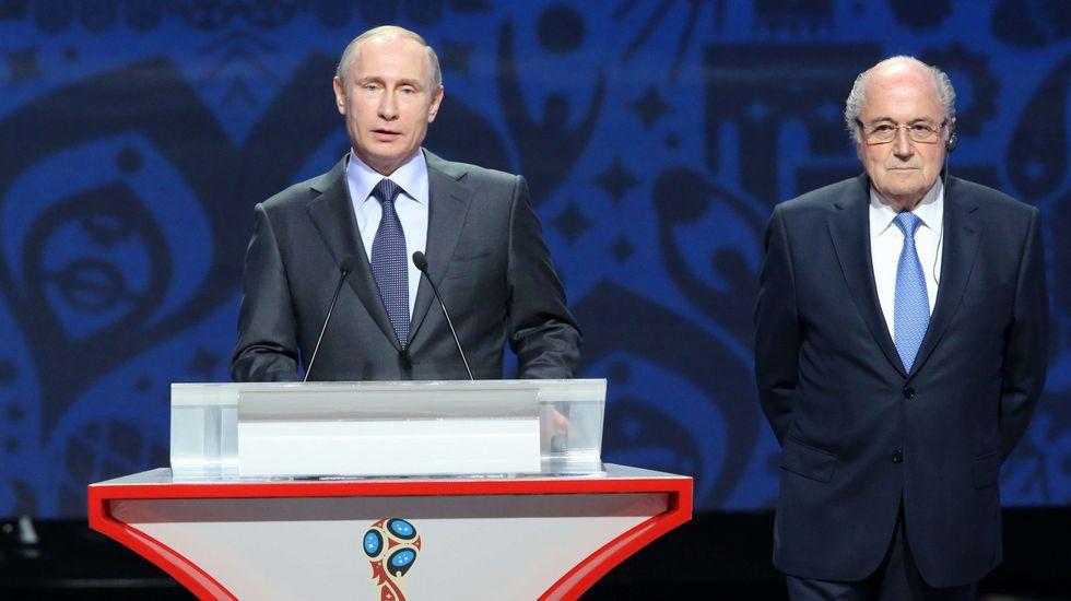 Vladímir Putin y Joseph Blatter