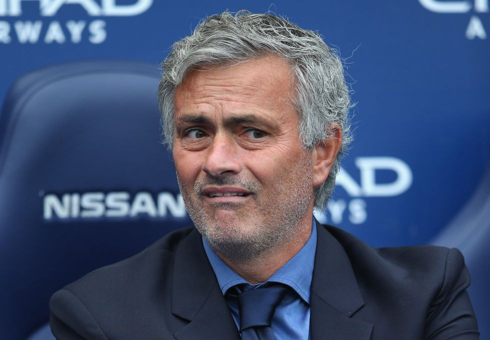 Prensa inglesa ataca a Mourinho tras la derrota ante el City