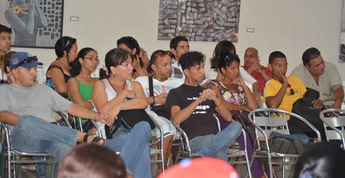 Comunitarias de verano en Granma transitan el incomunicado puente con la crítica