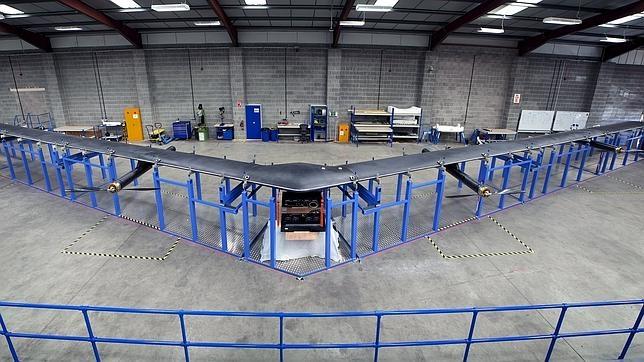 El drone «Aquila» que está fabricando Facebook