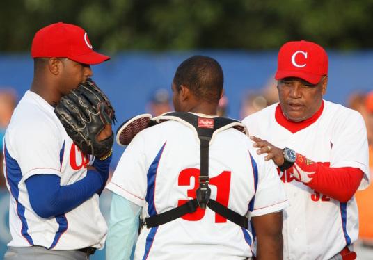 Equipo cubano de Béisbol a Serie por la Paz en Colombia