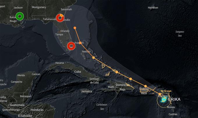 Erika sobre las Antillas Menores y próxima al mar Caribe oriental