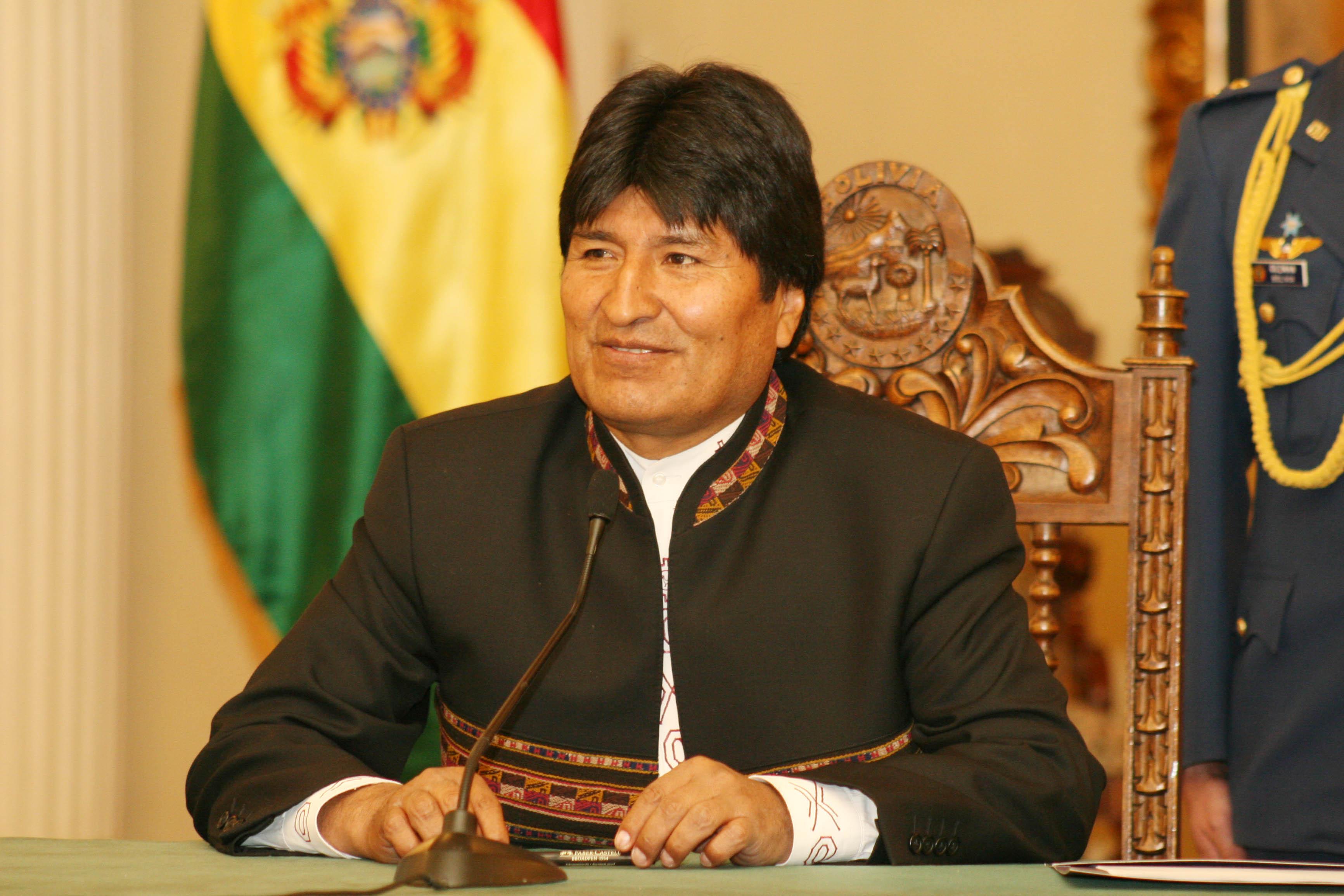 Mayoría de bolivianos a favor de reelección de Evo Morales