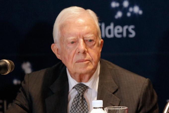Carter, expresidente de EE.UU., inicia lucha contra cáncer en cerebro