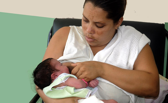Desarrollan en Granma Semana de la Lactancia Materna