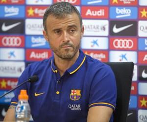 """El asturiano dice que le da un """"notable"""" al equipo pero que lo mejor es que la pretemporada ya acaba. De Pedro insiste: """"Quiero que se quede"""""""