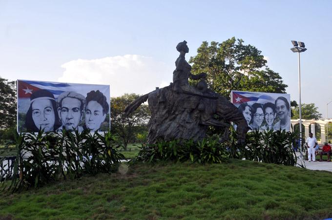 Monumento a Rosa La Bayamesa