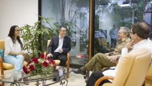 Raul Castro y Jorge Arreaza