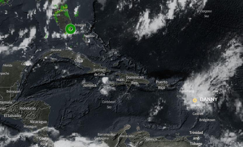 Danny pasa en el Caribe de depresión tropical a remanente