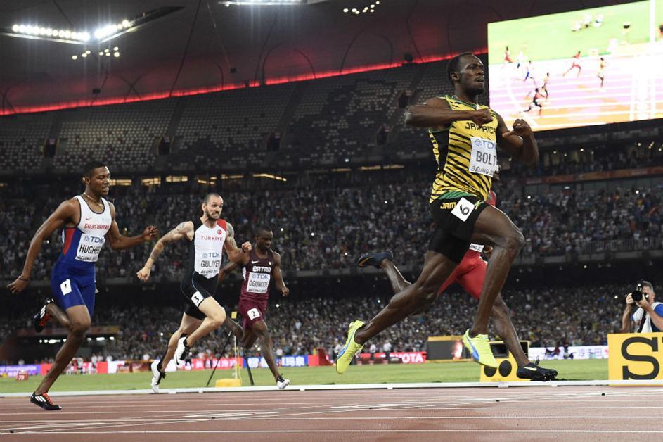 Usain Bolt logró su cuarto título mundial consecutivo de 200 metros
