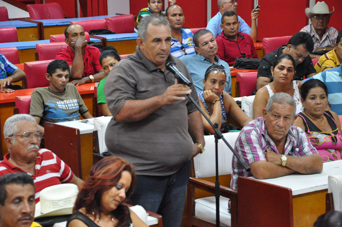 Sesionó Segundo Pleno provincial  de la Anap en Granma