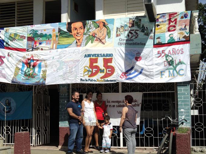 Celebran creación de las Casas de orientación a la mujer y la familia