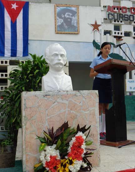 Inicia en Manzanillo curso escolar