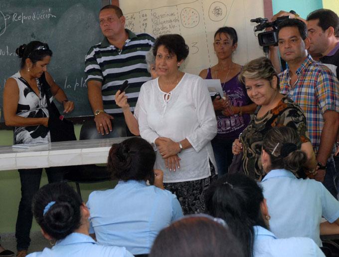 CUBA-CAMAGÜEY-VISITA MINISTRA DE EDUCACIÓN ISTITUCIONES EDUCACIONALES