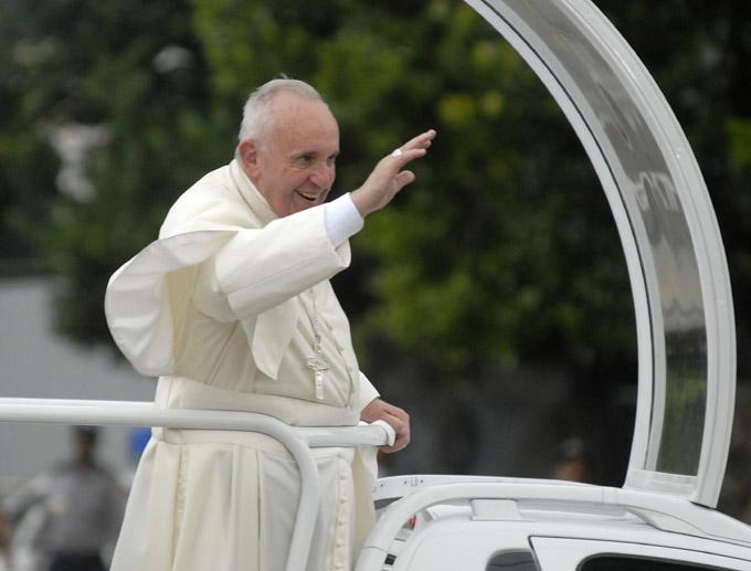 Oficiará hoy el Papa Francisco su primera misa en Cuba