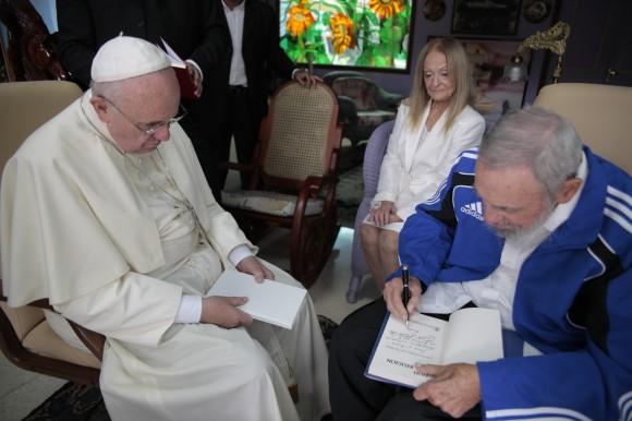 Fidel y el Papa 8