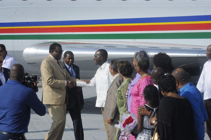 Llegó a Cuba Presidente de Namibia en visita oficial