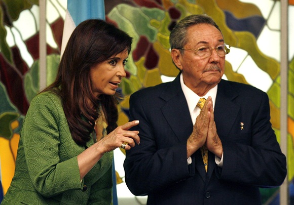 Raúl Castro y Cristina Fernández