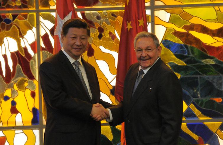 Raúl Castro y Xi Jinping