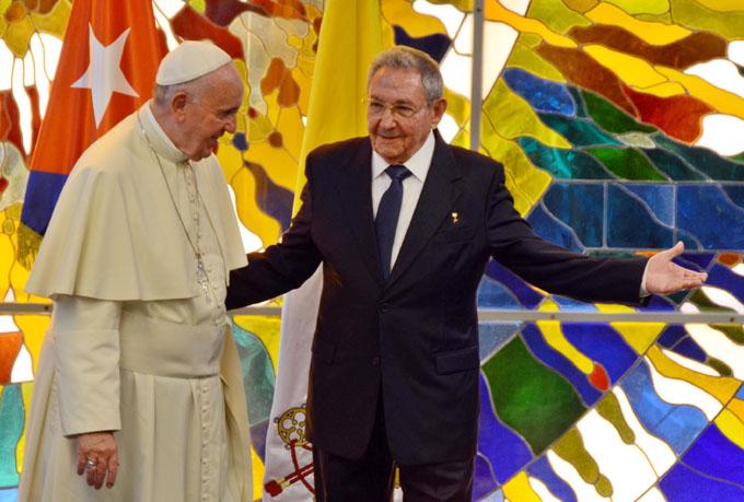 Recibió Raúl a Su Santidad Francisco