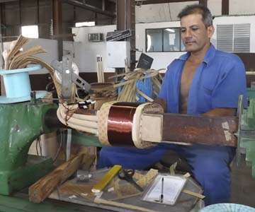 Taller de transformadores de Manzanillo contribuye al ahorro de divisas a la economía