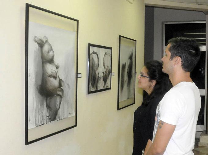 Expo Fabulaciones en el Salón provincial de artes plásticas y diseño de Granma