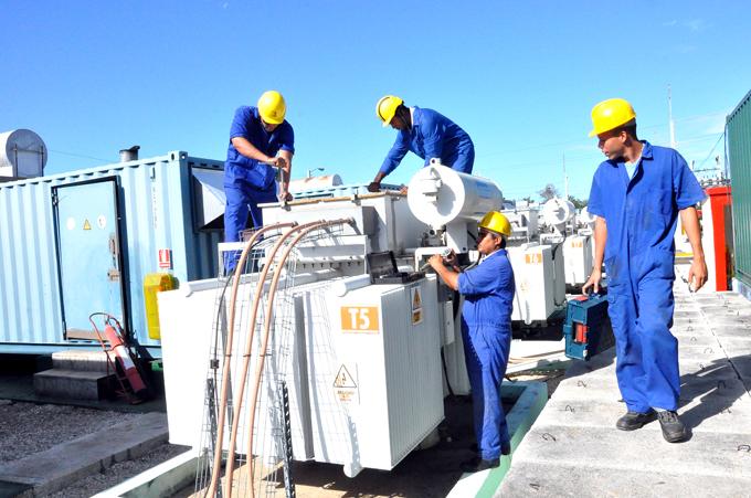 Trabajadores eléctricos por mantener aportes a la economía