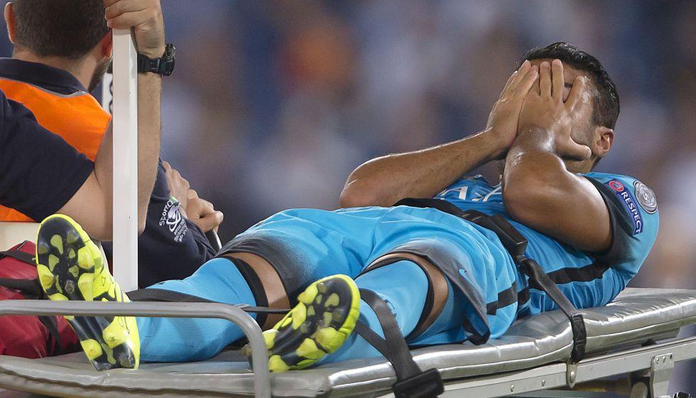 Rafinha tiene roto el ligamento cruzado; se pierde la temporada