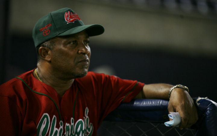 Urquiola ganó dos títulos con Chiriquí (2002 y 2004). Su última participación en Panamá fue en 2013 con la provincia de Los Santos