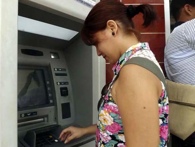 Por la excelencia en los créditos y servicios manzanilleros