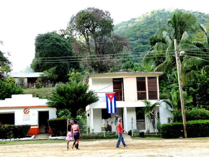 Buey Arriba, Cuba