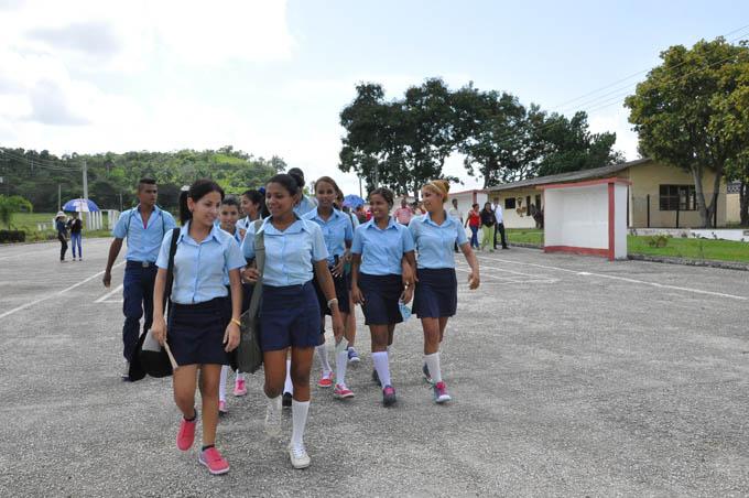 Califica de positiva actividad educacional en Plan Turquino de Granma