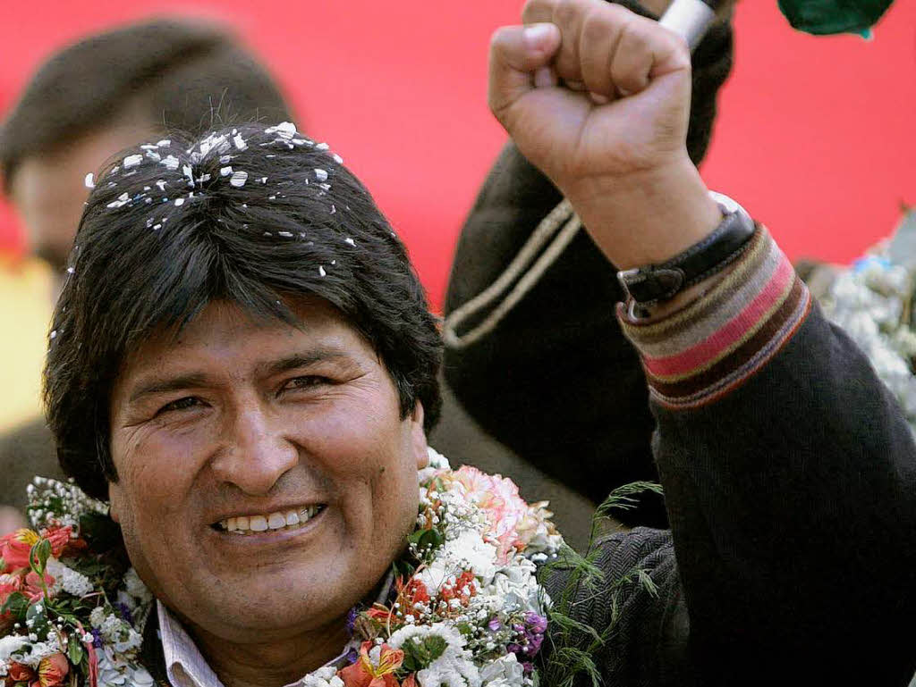 Cocaleros bolivianos en campaña por repostulación de Evo Morales