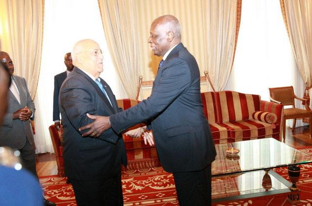 Recibe presidente angoleño mensaje de homólogo cubano
