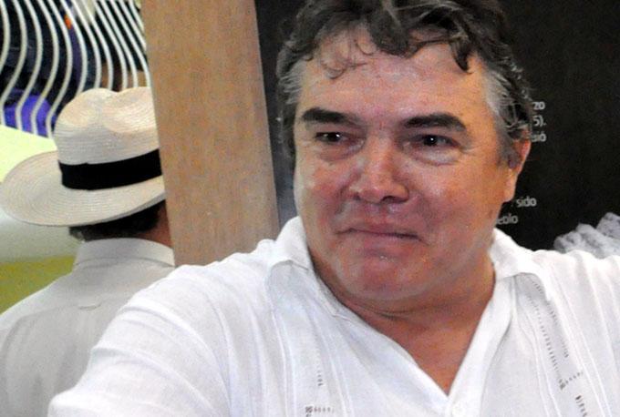 Julián González Toledo, Ministro de Cultura de Cuba