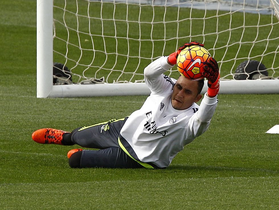 Keylor trabaja con normalidad y Benzema al margen