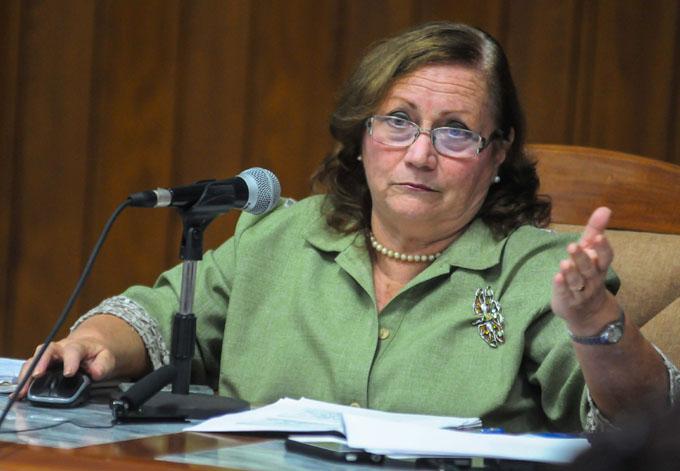 Del bloqueo y sus limitaciones al comercio exterior cubano