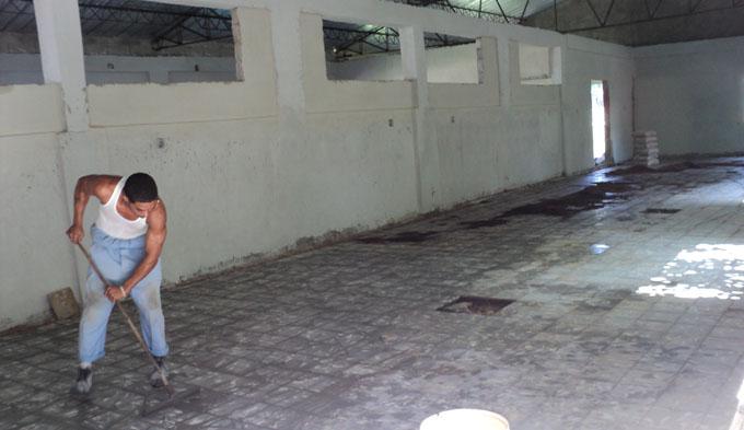 El taller que se construye puede estar listo para el 19 de Noviembre, Día de la Cultura Física y el Deporte, cuyas actividades centrales en la provincia ganaron los boyarribenses / FOTO Leonardo Leyva