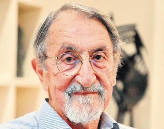 Premio Nobel de Química intercambia con estudiantes cubanos