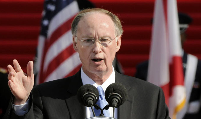 Robert Bentley, de Alabama
