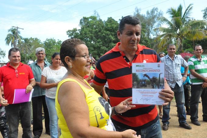 Clausuran jornada por el día del trabajador azucarero en precordillera de la Sierra Maestra