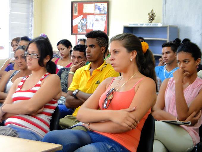 Inician elecciones generales de la FEU en la Universidad de Granma